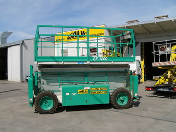 Vertical platform  Amaut offer SF1200stab.jpg
